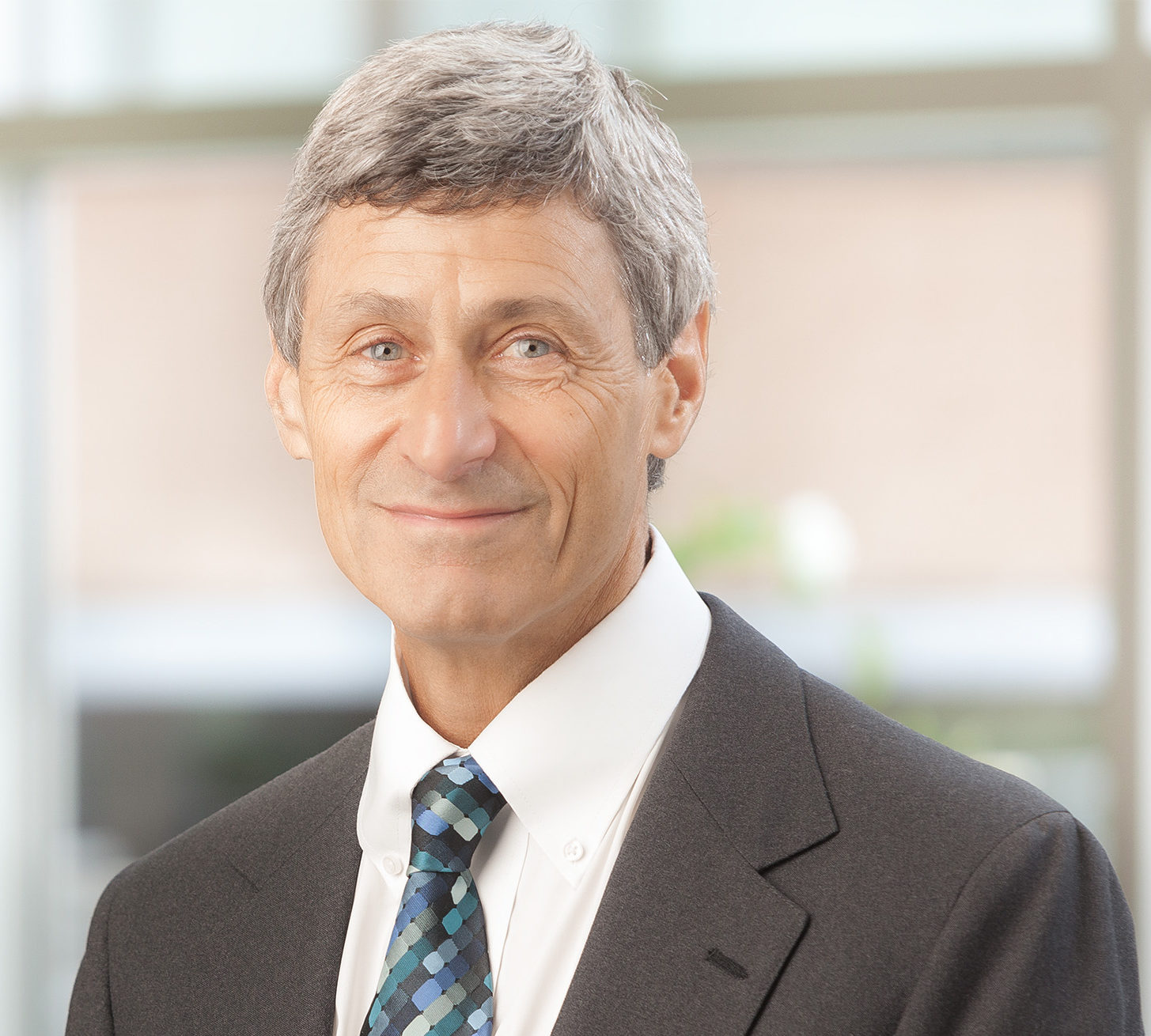 Dr. Matthew Rizzo